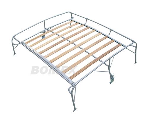 Dachgepäckträger mit Holzleisten
